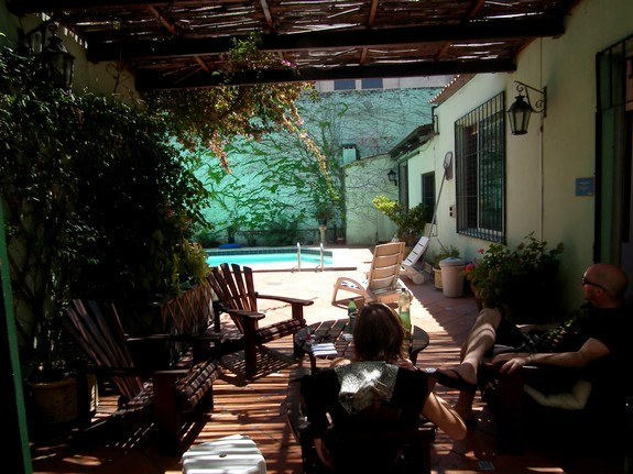 piscine_hostel_ukulele_montevideo